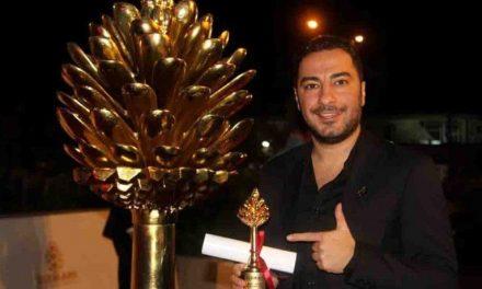جعفر پناهی همچنان جایزه درو میکند!/ نوید محمدزاده هم جایزه گرفت